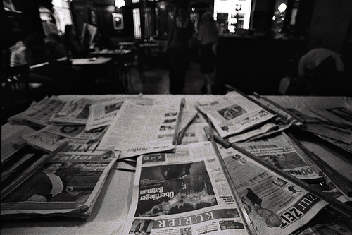 International newspaper at Café Sperl, Wien (Vienna) 2008
