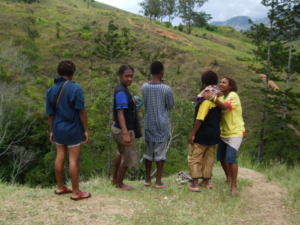 Highlands teenagers, Simbu Province